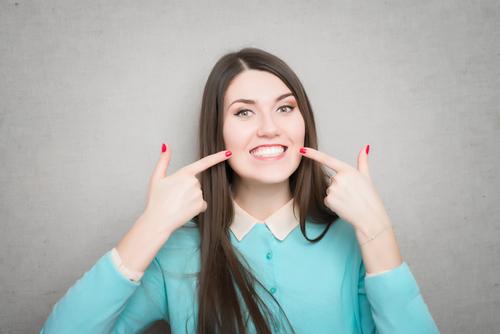 השלמת כותרת שן