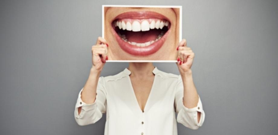 מה מותר לאכול אחרי השתלת שיניים